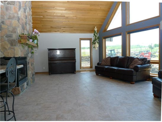 370221 70 St W, Rural Foothills M.d., AB - CAN (photo 5)