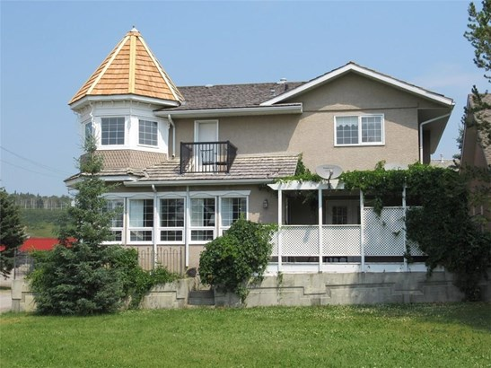 #1 210 Centre St, Sundre, AB - CAN (photo 1)