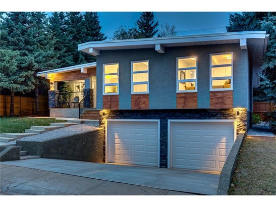 5412 Bannerman Dr Nw, Calgary, AB - CAN (photo 1)