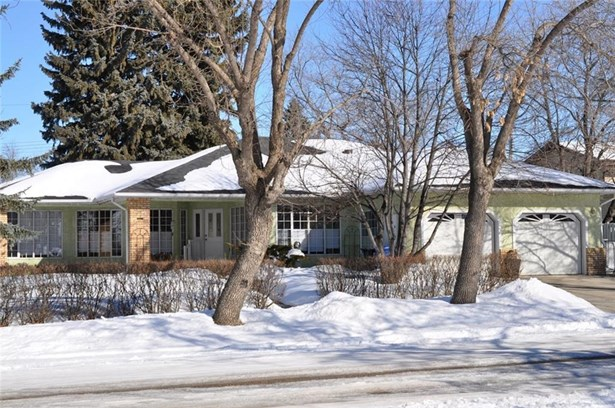 2130 22 Av, Didsbury, AB - CAN (photo 1)