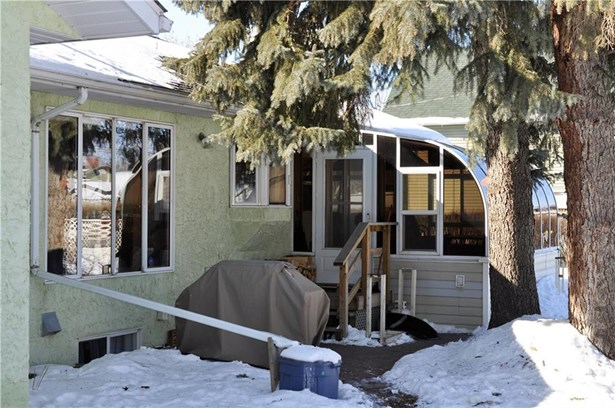 2130 22 Av, Didsbury, AB - CAN (photo 3)