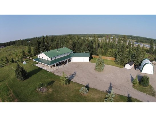 1101 6th Street St, Sundre, AB - CAN (photo 1)