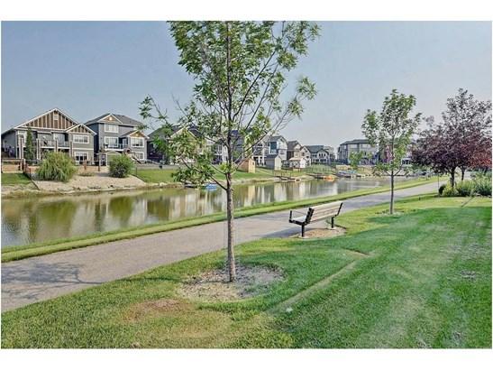 1846 Baywater St Sw, Airdrie, AB - CAN (photo 4)