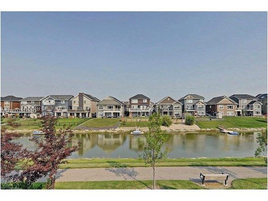 1846 Baywater St Sw, Airdrie, AB - CAN (photo 5)