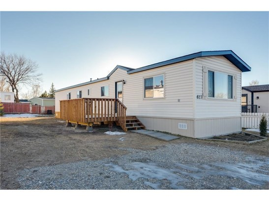 827 Briarwood Rd, Strathmore, AB - CAN (photo 1)