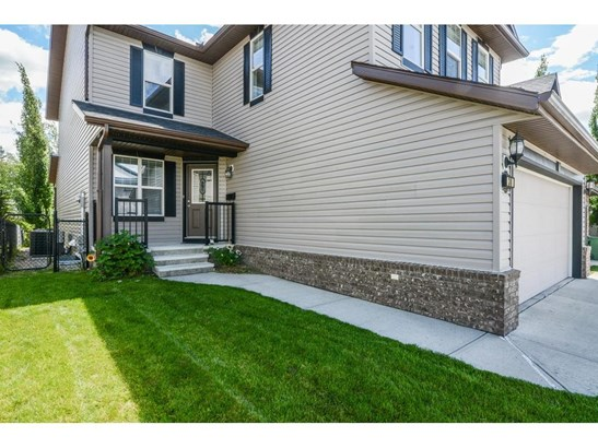 30 Drake Landing Cm, Okotoks, AB - CAN (photo 2)