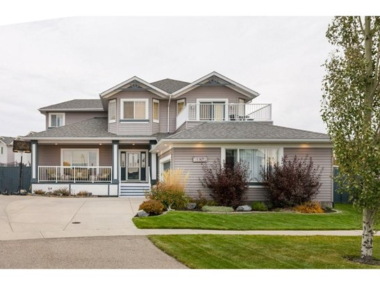 119 Canoe Pl Sw, Airdrie, AB - CAN (photo 2)