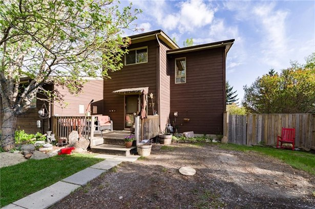 77 Benchlands Dr, Cochrane, AB - CAN (photo 1)