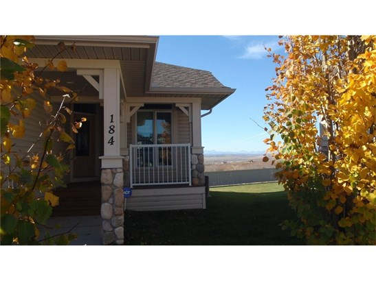 184 Sunset Square Sq, Cochrane, AB - CAN (photo 1)