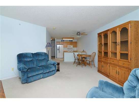 #304 3 Parklane Wy, Strathmore, AB - CAN (photo 3)