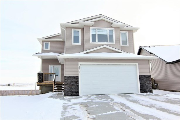 606 Carriage Lane Pl, Carstairs, AB - CAN (photo 1)