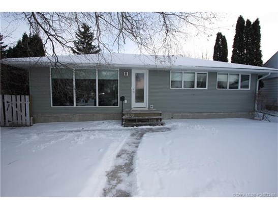 4109 40  St, Red Deer, AB - CAN (photo 1)