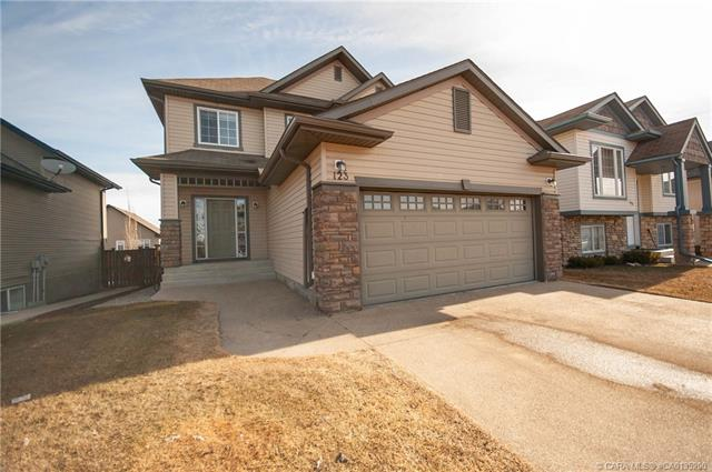 123 Wiley  Crescent, Red Deer, AB - CAN (photo 1)