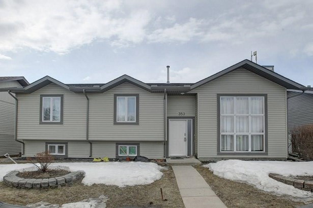 353 Nelson Rd, Carseland, AB - CAN (photo 1)