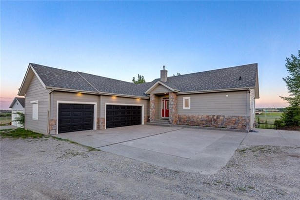 274044 1020 Dr E, Rural Foothills M.d., AB - CAN (photo 1)