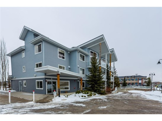 #205 380 Marina Dr, Chestermere, AB - CAN (photo 1)