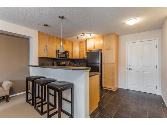 #205 380 Marina Dr, Chestermere, AB - CAN (photo 2)