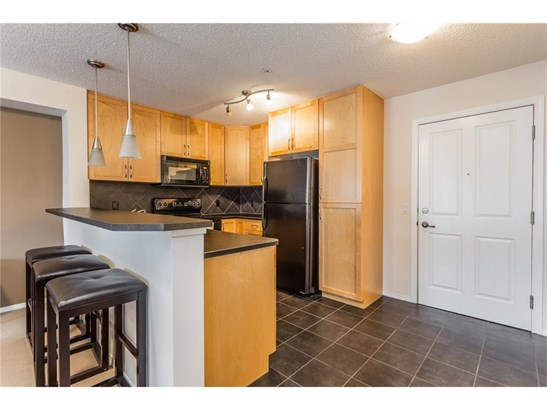 #205 380 Marina Dr, Chestermere, AB - CAN (photo 3)