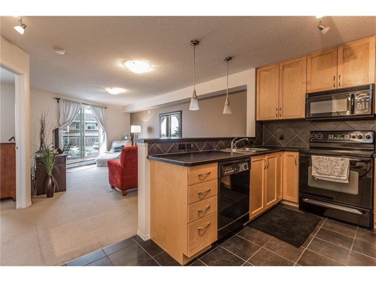 #205 380 Marina Dr, Chestermere, AB - CAN (photo 5)