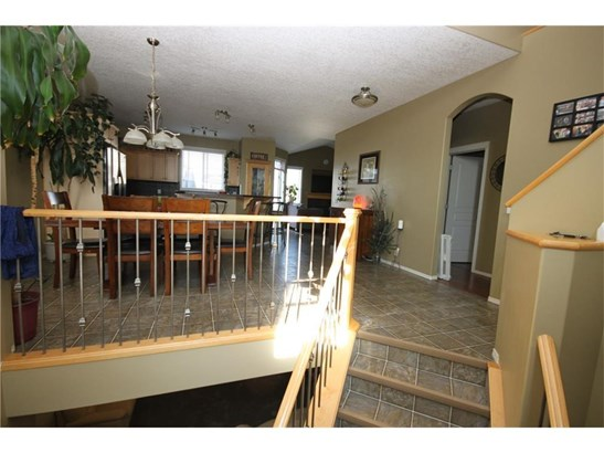 112 Springmere Rd, Chestermere, AB - CAN (photo 2)