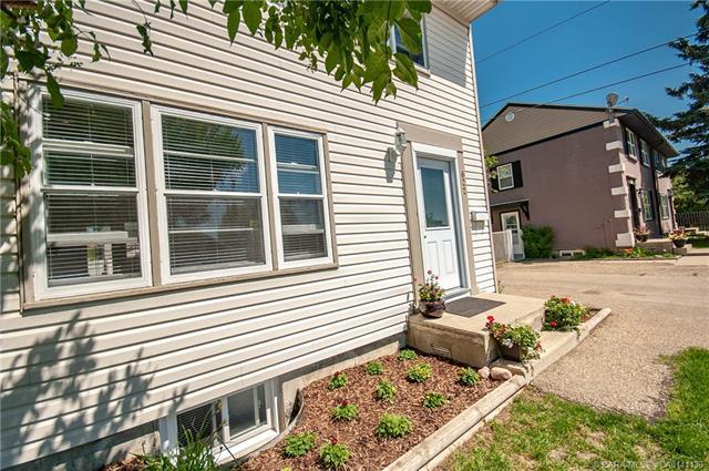 622 Maple  Crescent, Springbrook, AB - CAN (photo 4)