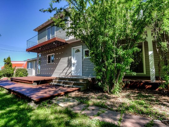 208 Main St, Carseland, AB - CAN (photo 2)