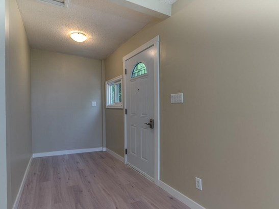 208 Main St, Carseland, AB - CAN (photo 4)