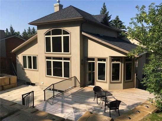 8615 33 Av Nw, Calgary, AB - CAN (photo 2)