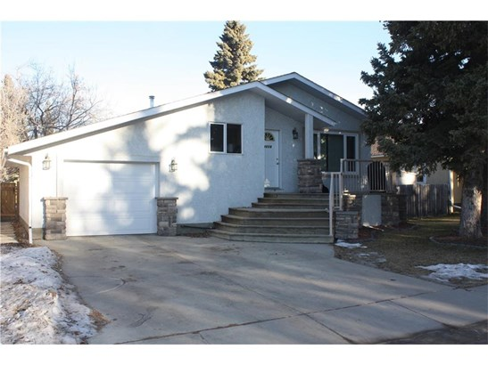 4734 51 St, Olds, AB - CAN (photo 1)