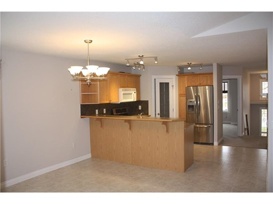 5107 Shannon Dr, Olds, AB - CAN (photo 5)