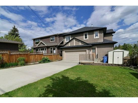 2245 25 St Sw, Calgary, AB - CAN (photo 3)