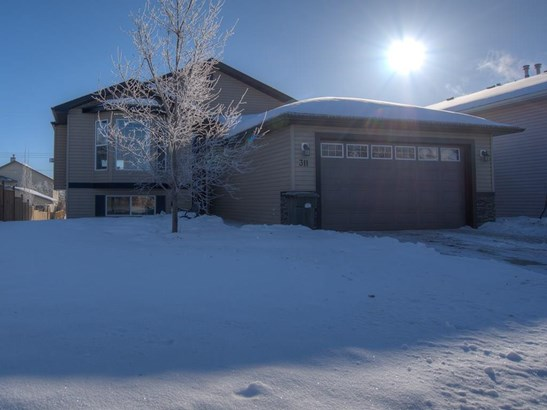 311 Centre St, Strathmore, AB - CAN (photo 1)