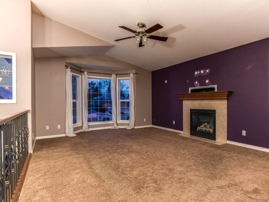 311 Centre St, Strathmore, AB - CAN (photo 3)