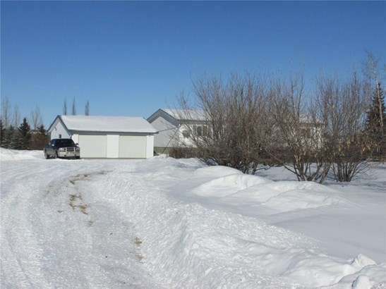 32460, Sundre, AB - CAN (photo 4)