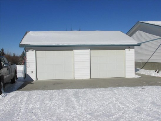 32460, Sundre, AB - CAN (photo 5)