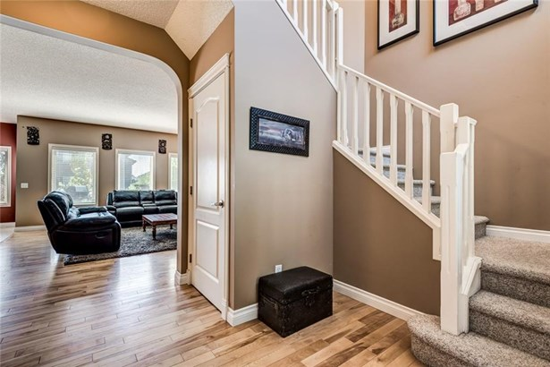 320 Springmere Wy, Chestermere, AB - CAN (photo 4)