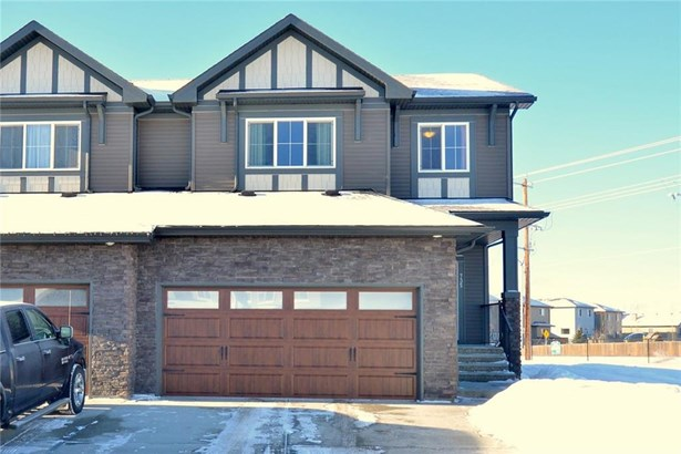 735 Edgefield Cr, Strathmore, AB - CAN (photo 1)