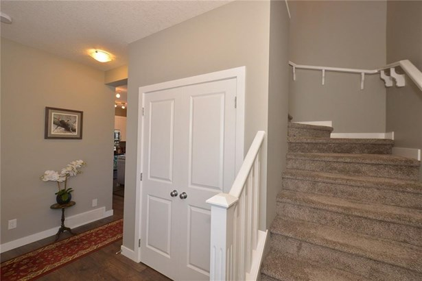 735 Edgefield Cr, Strathmore, AB - CAN (photo 3)