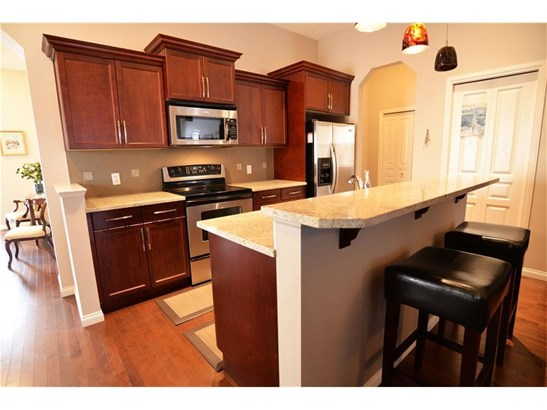 505 Marina Dr, Chestermere, AB - CAN (photo 4)