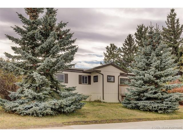 4711 46  St, Innisfail, AB - CAN (photo 1)