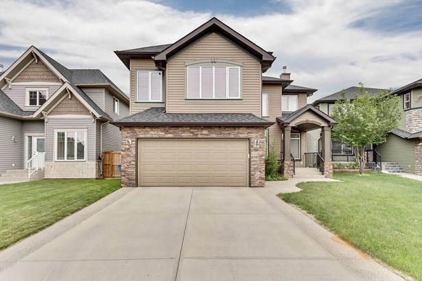 256 Parkmere Co, Chestermere, AB - CAN (photo 1)