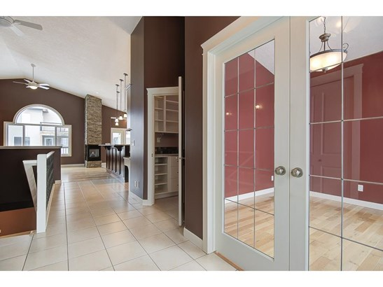 1155 Westmount Dr, Strathmore, AB - CAN (photo 3)
