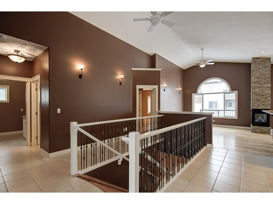 1155 Westmount Dr, Strathmore, AB - CAN (photo 5)