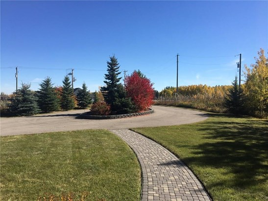 242019 32 St E, Rural Foothills M.d., AB - CAN (photo 3)