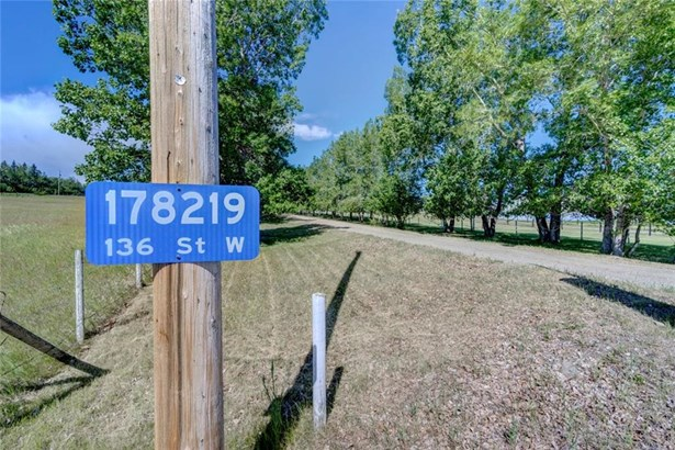 178219 136 St W, Rural Foothills M.d., AB - CAN (photo 3)