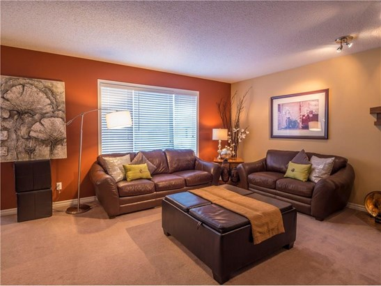 299 Sagewood Pl Sw, Airdrie, AB - CAN (photo 5)