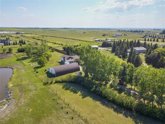 280079 Twp Rd 235a, Chestermere, AB - CAN (photo 1)