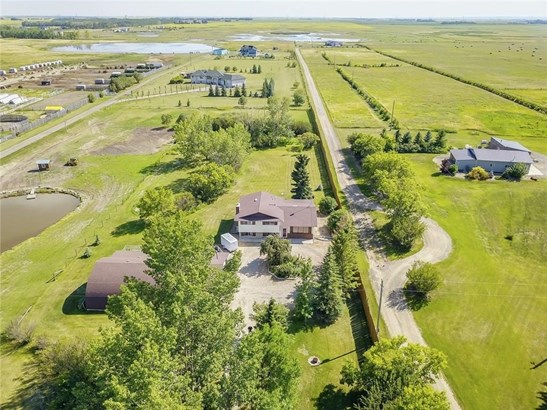 280079 Twp Rd 235a, Chestermere, AB - CAN (photo 3)