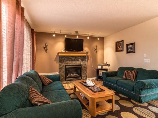 205 Strathaven Ba, Strathmore, AB - CAN (photo 5)
