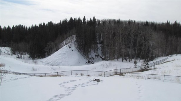 309 Seclusion Dr, Turner Valley, AB - CAN (photo 4)